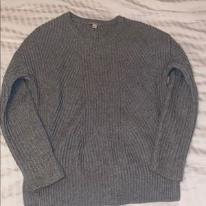 3/20$ Grey sweater